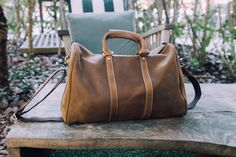 Are you traveling in style? Double tap and comment  if you are! #briefcase  #bag #livefolk