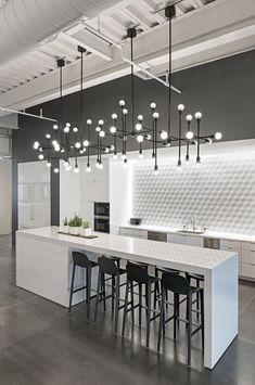 Modern Kitchen Interior Remodeling 10 Kitchen Backsplash Ideas to Consider ASAP Modern Kitchen Lighting, Modern Kitchen Design, Interior Design Kitchen, Modern Interior Design, Modern Decor, Kitchen Industrial, Industrial Style, Industrial Lighting, Modern Interiors
