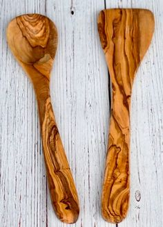 12' Olive wood Spoon Or Spatula Olive Wood is a tightly grained wood and Olive Wood utensils remain smooth and intact for a long, long time, whereas regular wooden spoons can start to fray around the edges fairly quickly. It is safe for nonstick cookware, and heat-safe to stir ingredients in a pan. It will not scratch porcelain, ceramic, glass or enamel and is stain- and odor-resistant.