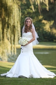 Forget Michael Phelps and Ryan Lochte. Dana Nuccitelli first fell for Kevin Sanker back in grade school when they were both on the swim team at Meadowbrook Country Club in Northville, Michigan. Read her story here. #countrybride #country #rustic #rusticbride #rusticwedding #countrywedding #bridal