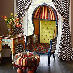 The Royals Bonnet Chair / MacKenzie Childs