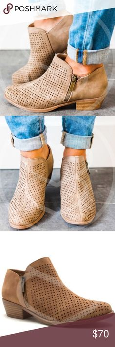 Side-zipper bootie Super cute side-zipper booties. Run true to size. Shoes Ankle Boots & Booties