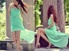 Vestido verde pistacho zapatos