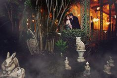 THIS FREAKING PICTURE!! Haunted Mansion Wedding