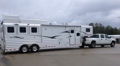 Thank you to Debbie and Randy Rhodes from Shepherd, TX on their purchase of this new 4-Star 3 Horse with 13' Outlaw Conversion! The Rhodes purchased their new trailer from Buddy Maxwell of Gulf Coast 4 Star Trailer Sales, LLC.  877.543.0733