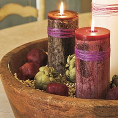 Every good Episcopalian has an advent wreath. This one has dried pomegranates, artichokes, and black eyed peas. Love.