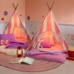 Summer sleepovers can be so adventurous and magical for kids! Jazz up your kids' slumber parties with this fun teepee tent! #teepee #sleepovers
