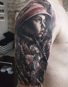 40 Stunning War Themed Tattoos People who survived the war, pictures from war forever remain in the Patriotische Tattoos, Detailliertes Tattoo, Polish Tattoos, Army Tattoos, Kunst Tattoos, Military Tattoos, Tattoo Motive, Body Art Tattoos, Sleeve Tattoos