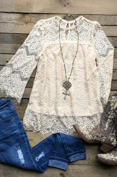 Our Nowhere Without You Top is going to be a showstopper! It's sleeve top with lace overlay as well as lace sleeves. Is lined and has keyhole back with button closure. Cute Cowgirl Outfits, Boho Outfits, Fall Outfits, Cute Outfits, Fashion Outfits, Cute Fashion, Boho Fashion, Pretty Shirts, Country Outfits