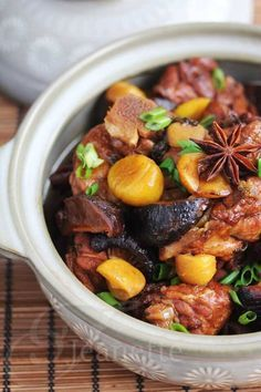 Chinese Braised Chicken with Chestnuts Recipe - Jeanette's Healthy Living Asian Recipes & Foods Chin Chinese Chicken, Chinese Food, Italian Chicken, Asian Recipes, Healthy Recipes, Ethnic Recipes, Healthy Gourmet, Braised Chicken, Boneless Chicken