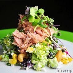 Brokolicovy salat s cottage,kukuricou,tuniakom a kesu. Main Meals, Cobb Salad, Cottage Cheese, Omega 3, Beef, Cooking, Recipes, Fit, Dressing
