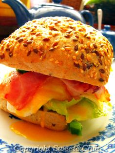 Sandwich with becon and egg