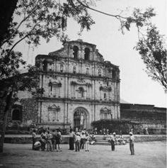 Iglesia de Panajachel, Sololá 1945, Foto de Fernando Zaid