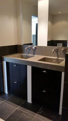 Home - Ben Scharenborg realiseert Wooncomfort Bathroom Toilets, Corian, Double Vanity, Rvs, Sink, Interior, Kitchen, Home Decor, Blog