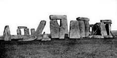 Giant Human Skeletons: Giant Human Skeletons Discovered Near Stonehenge!