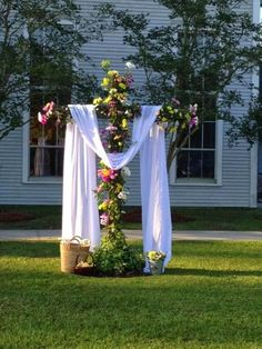 He is Risen! Easter Sunday - Aldersgate UMC~ Flowers might be a little much, but this basic idea! Church Altar Decorations, Outdoor Easter Decorations, Altar Design, Resurrection Day, Church Flowers, Bride Flowers, Wedding Flowers, Easter Cross, Palm Sunday