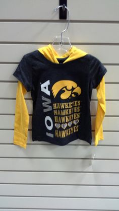 Youth Iowa Hawkeyes Top