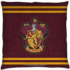 Harry Potter Gryffindor Stitch Crest Throw Pillow (185 HRK) ❤ liked on Polyvore featuring home, home decor, throw pillows and harry potter