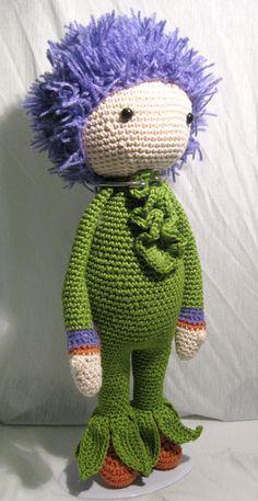 Giant Onion Otto doll made by Marjan GK - crochet pattern by Zabbez