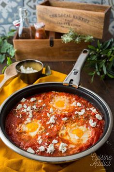 Discover recipes, home ideas, style inspiration and other ideas to try. Batch Cooking, Cooking Recipes, French Omelette, Kitchen Witchery, Entrees, Lunch, Wiccan Spells, Magic Spells, One Pot