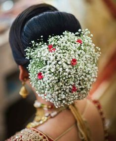 [New] The 10 Best Hairstyle Ideas Today (with Pictures) - Bridal bun that you will love to try for your big day . Hairstyle by - . Indian Bridal Hairstyles, Bride Hairstyles, Cool Hairstyles, Bridal Hair Buns, Bridal Hairdo, Flower Bun, Indian Bridal Makeup, Bridal Hair Accessories, Bridal Looks