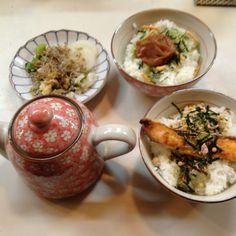 焼き鳥 園 (瓦町高松市香川県)       サケお茶漬け、梅お茶漬け