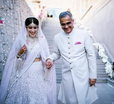 Brand New Colors We Spotted On Real Brides! Lehenga Color Combinations, Engagement Dress For Bride, Father Of The Bride Outfit, Kate Middleton Wedding Dress, Father Daughter Photos, Bride Entry, Indian Wedding Planning, Sister Wedding, Family Outfits