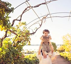 Child photographer in Arizona  www.melissadonaldsonphotography.com