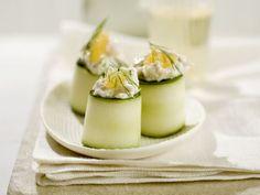 Zucchiniröllchen mit Fischsalat gefüllt ist ein Rezept mit frischen Zutaten aus der Kategorie Krustentiere. Probieren Sie dieses und weitere Rezepte von EAT SMARTER!