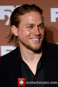 Welcome to Hunnam Source, your number one source for everything Charlie Hunnam, best known for his role of Jax Teller in FX drama show Sons of Anarchy, Raleigh Becket in Pacific Rim and Perceval Fawcett in the upcoming movie The Lost City of Z. Sons Of Anarchy, Hot Actors, Actors & Actresses, Long Haired Men, Charlie Hunnam Soa, Thing 1, Raining Men, British Actors, British Men