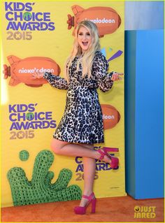 meghan trainor kids choice awards 2015 04 Meghan Trainor hits the orange carpet in a cute ensemble at the 2015 Kids' Choice Awards held at The Forum on Saturday (March 28) in Los Angeles.    The 21-year-old…