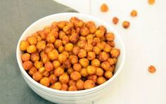 Pittige geroosterde kikkererwten als snack, uit de oven of airfryer