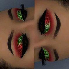 Make Up Christmas, Christmas Makeup Look, Holiday Makeup, Christmas Christmas, Christmas Cookies, Creative Eye Makeup, Colorful Eye Makeup, Elf Makeup, Cute Makeup
