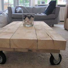 ≥ Robuuste, strakke houten salontafel op wielen - Tafels | Salontafels - Marktplaats.nl