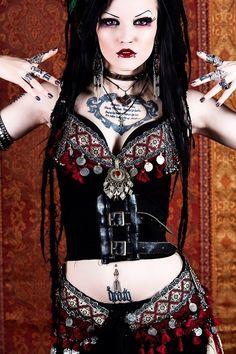 Gothic , tattoo , piercing