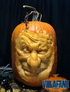 Villafane Studios :: Gallery of carved pumpkins