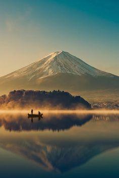 ISLEOFSKYE-MOUNT FUJI AT LAKE KAWAGUCHICO-JAPAN.