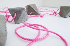 DIY-Geometric-Concrete-Bauble-Garland-40a