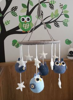 Boys / girls handmade crochet baby childs nursery bedroom cot mobile owl star