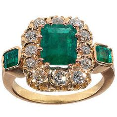 Victorian Emerald Diamond Gold Cluster Ring