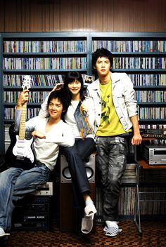 Do Re Mi Fa So La Ti Do (Korean Movie 2008)  Another tearjerker movie I have to see.