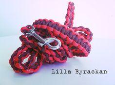 Dog collar and leach made by paracord. Handmade. www.facebook.com/lillabyrackan