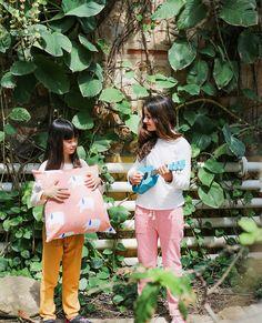 """Ropa de cama y complementos infantiles diseñados y fabricados en España.   Cojín """"Elephants"""" #cushion #kidsroom #design #tropic"""