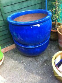 Blue plant pots x2
