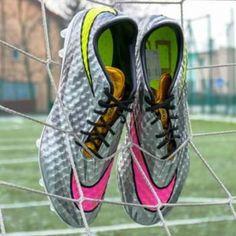 Silver Neymar Nike Hypervenom Boots Leaked - Footy Headlines