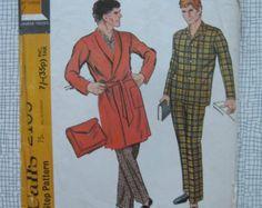 1969 Men's Pyjamas and Robe & Case - Medium - McCalls 2165 - Retro Vintage Sewing Pattern