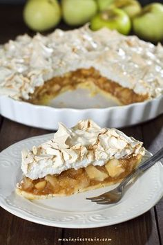 Szarlotka z bezową pianką / Apple & Meringue Pie Cookie Recipes, Snack Recipes, Dessert Recipes, Polish Desserts, Homemade Pastries, No Bake Cake, Love Food, Sweet Recipes, Biscuits