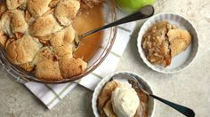apple snickerdoodle cobbler Top your cobbler with cookie dough instead of biscuits for an extra-sweet surprise!