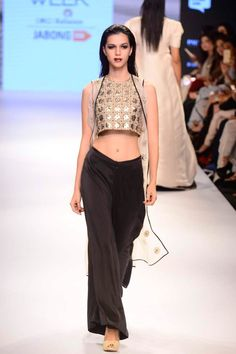 Sabena jacket and palazzo pants set available only at Pernia's Pop Up Shop. #lakmefashionweek #payalsinghal #clothing #ramp #designer