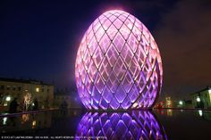 OVO BY ODEAUBOIS A sensory experience to live, in the heart of a luminous egg, symbol of birth, unity and perfection